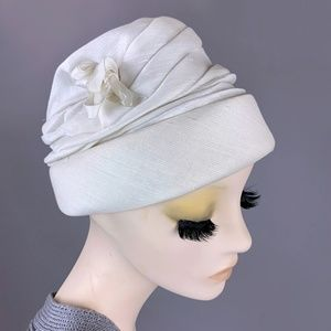 Vintage 50s Ivory Loose Turban Cloche Hat 40s